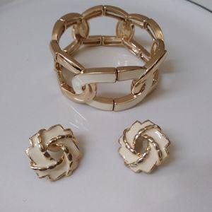 BR Gold Tone & White Enamel Bracelet